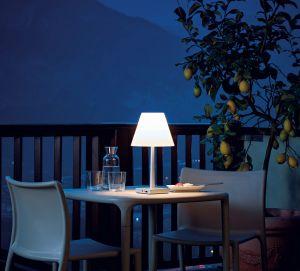Dina+ Tischleuchte von Rotaliana