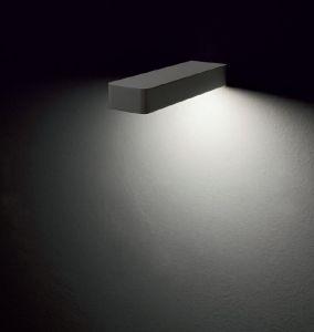 ALULED bar zero lampada da parete di Itama by Light4