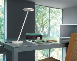Itis LED Tischlampe von Artemide