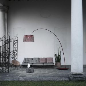 Twice as Twiggy Grid outdoor Bogenlampe von Foscarini
