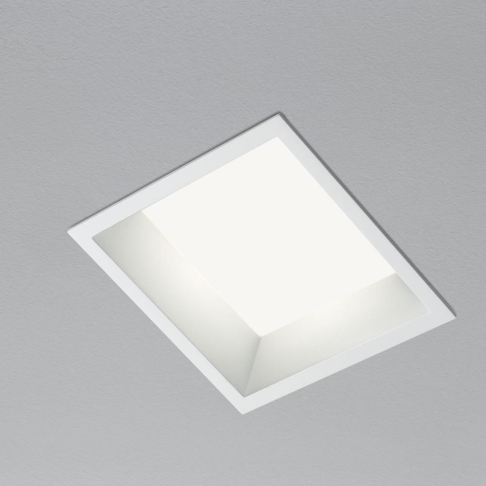 Iro grande led incasso di aqlus biffi luce ufficio for Lampade a led vendita online
