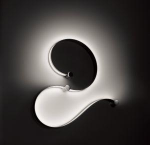 Biegsame Decken- und Wandleuchte LED FormaLa Plus2 von Cini&Nils