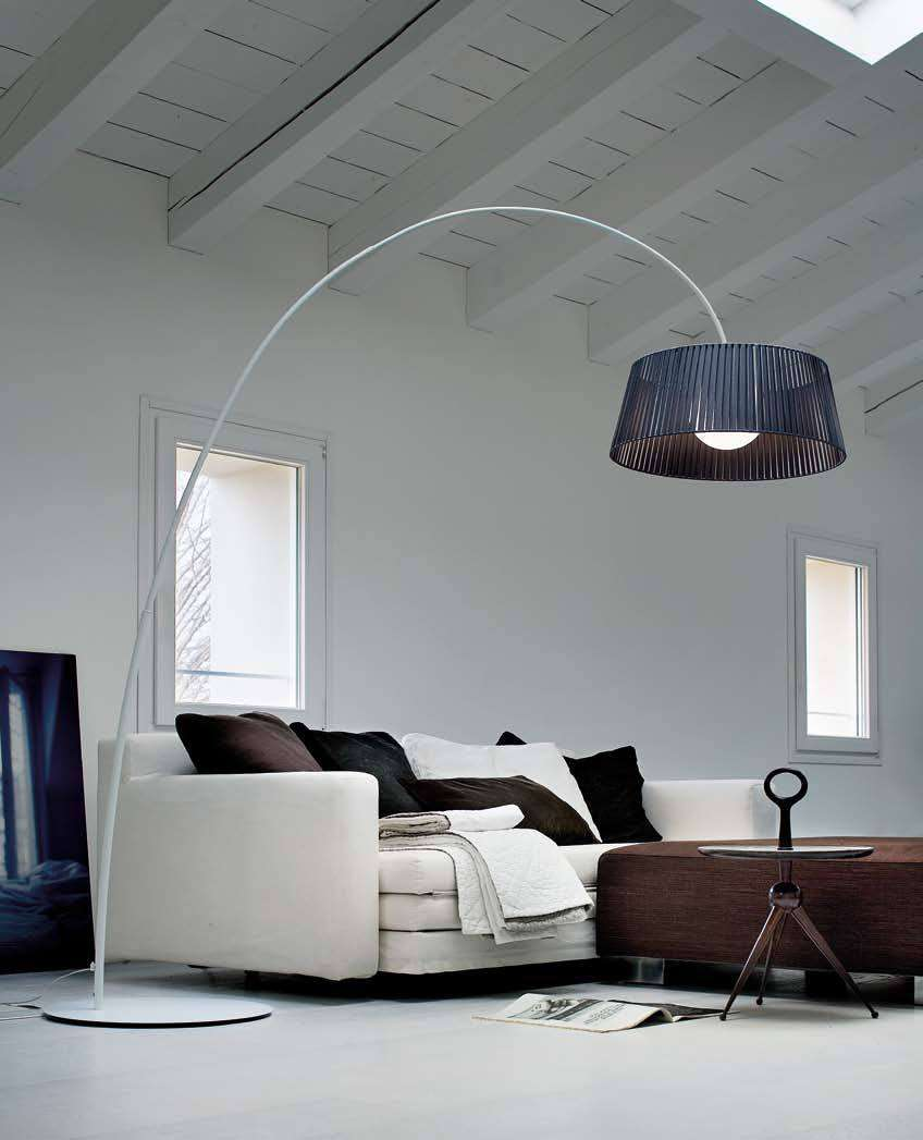 Ribbon lampada ad arco di Morosini