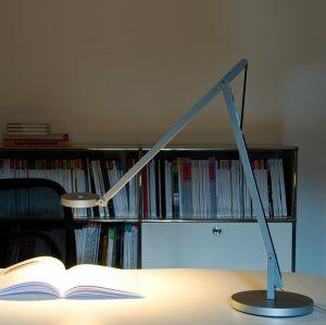 String T1 Tischlampe von Rotaliana