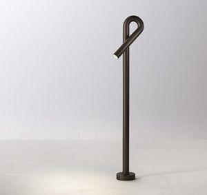 One mt1 Outdoor Stehlampe von Torremato by Il Fanale